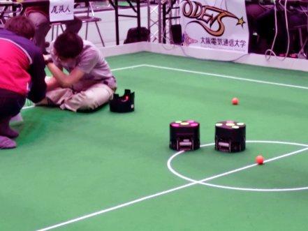 小型ロボットリーグ(車輪型)