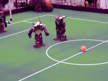 小型ロボットリーグ(ヒト型)